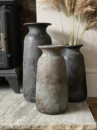 Grey medium Bali vase 30cm (middle)