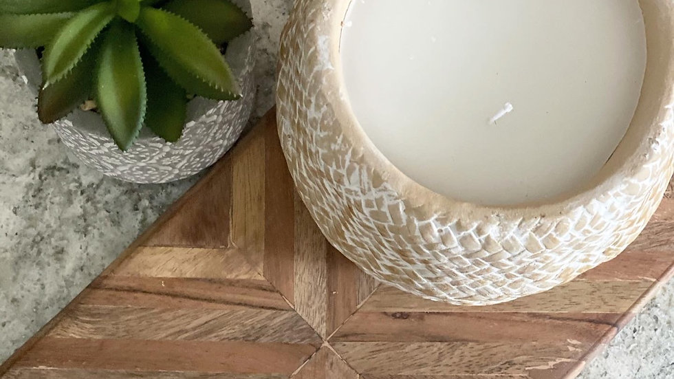 Woven double wick candle
