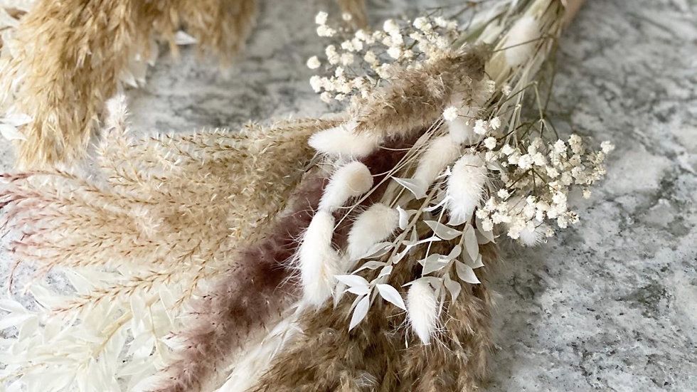 Mini fluffy pampas bouquet