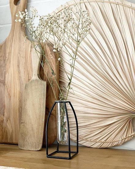 Iron frame vase
