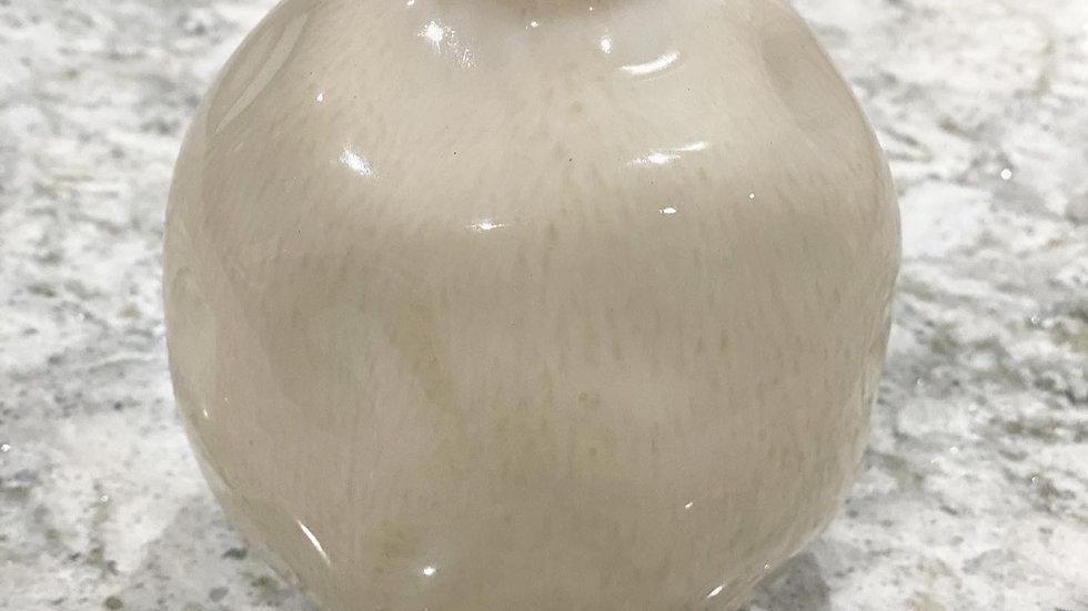Erin bud vase