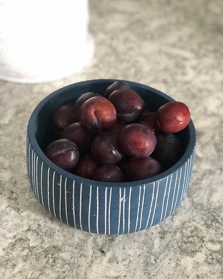 Aimee blue round bowl/ planter