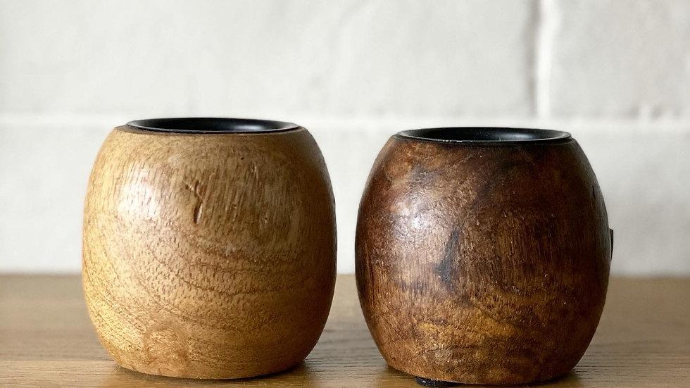 Mango wood tealight holder in light brown (left)