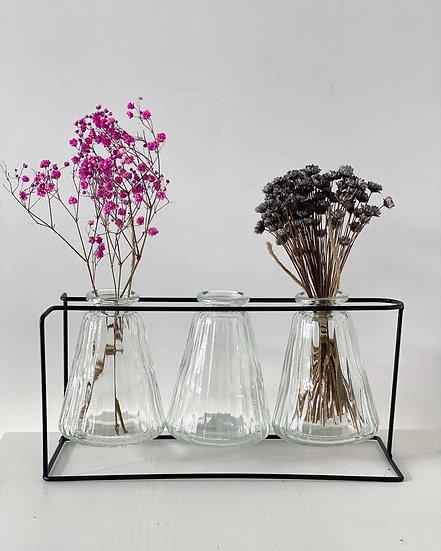 Ribbed vase trio set on metal frame