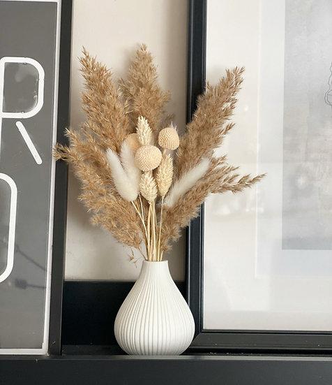 Fluffy mini bundle for bud vases