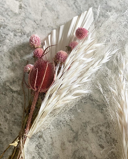 Clove flower mini bouquet