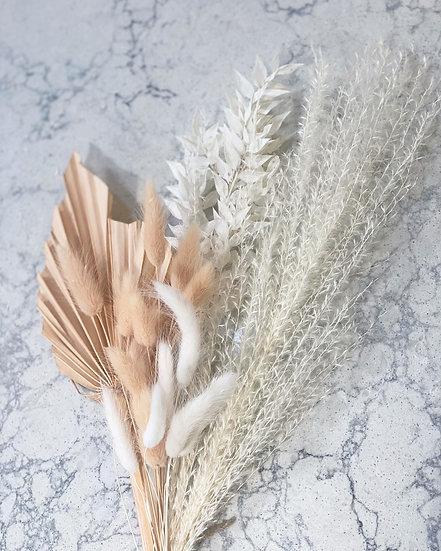 Peach palm spear mini bouquet