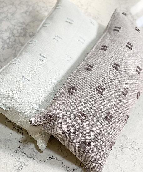 Tuft cushions with cushion insert