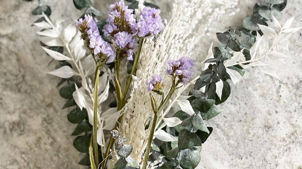 Lilac sinuata bouquet