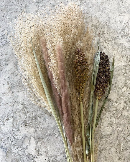 Fluffy pampas and reed bouquet