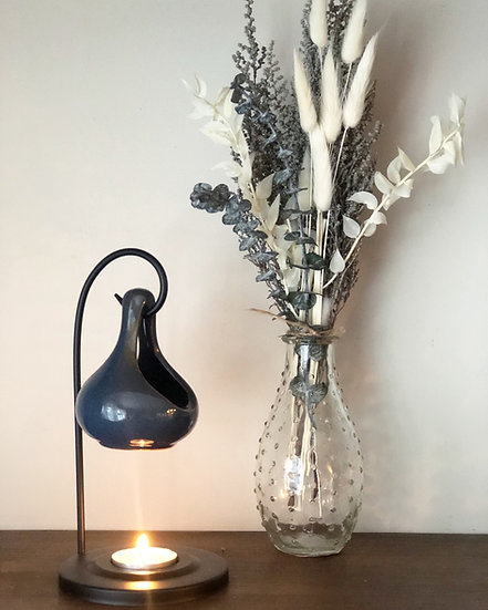 Mini stoebe & ruscus bouquet