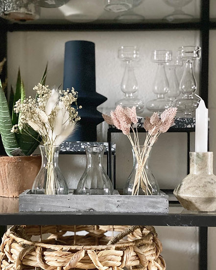 Grey tray with 3 bud vases