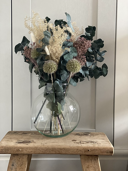 Holly limited edition bouquet and vase set