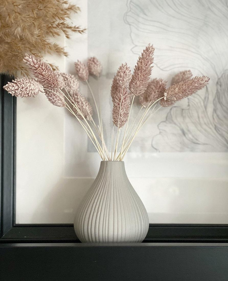 Ceramic ribbed bud vase