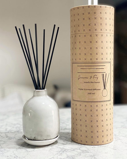 Guava & Fig reed diffuser in a pottery vase
