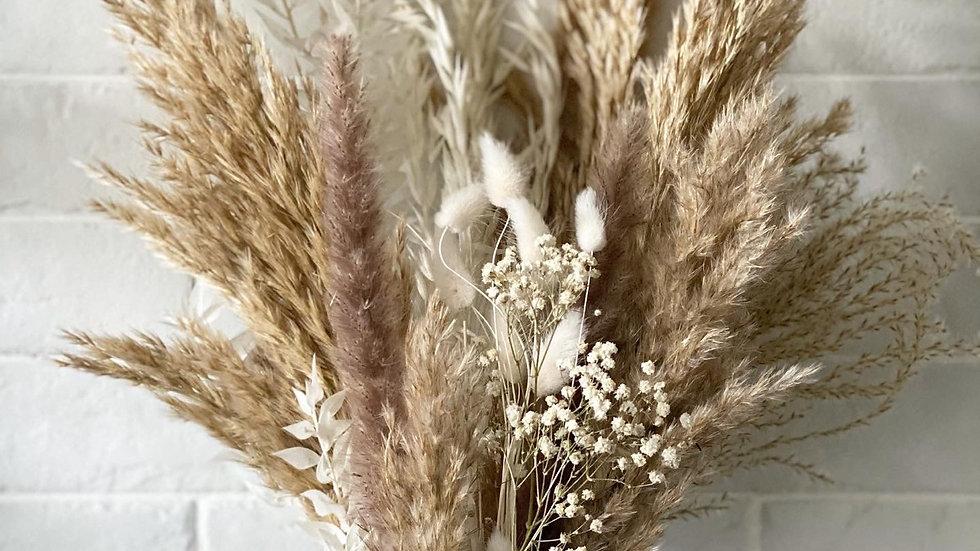 Large fluffy pampas bouquet