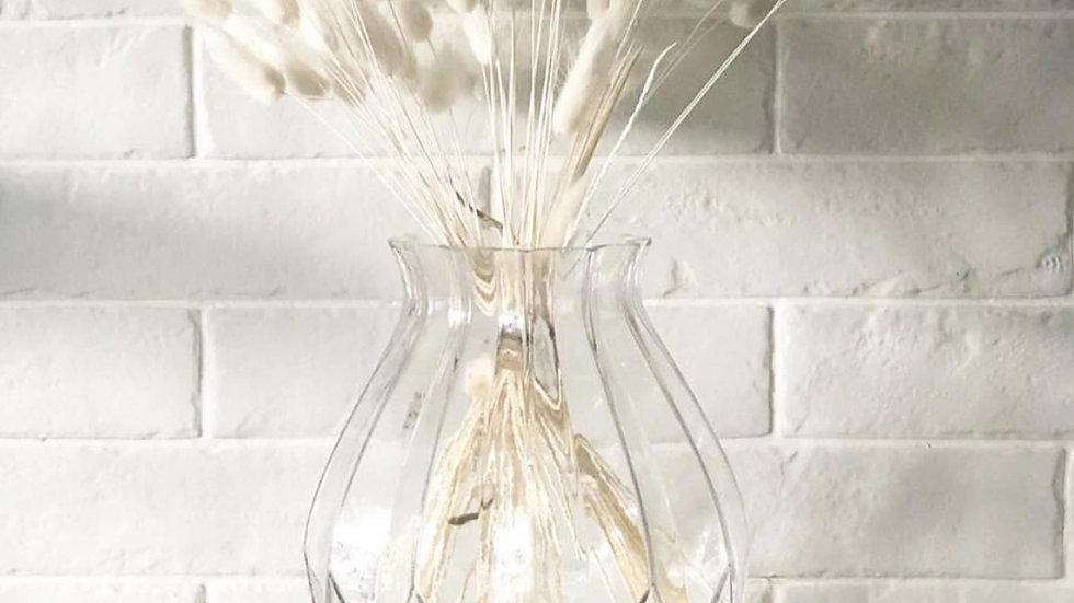 Round ridged vase