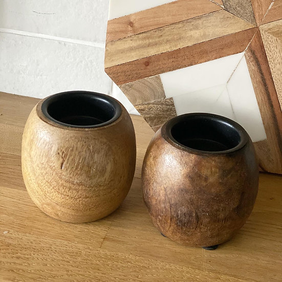 Mango tealight holder in dark brown (right)