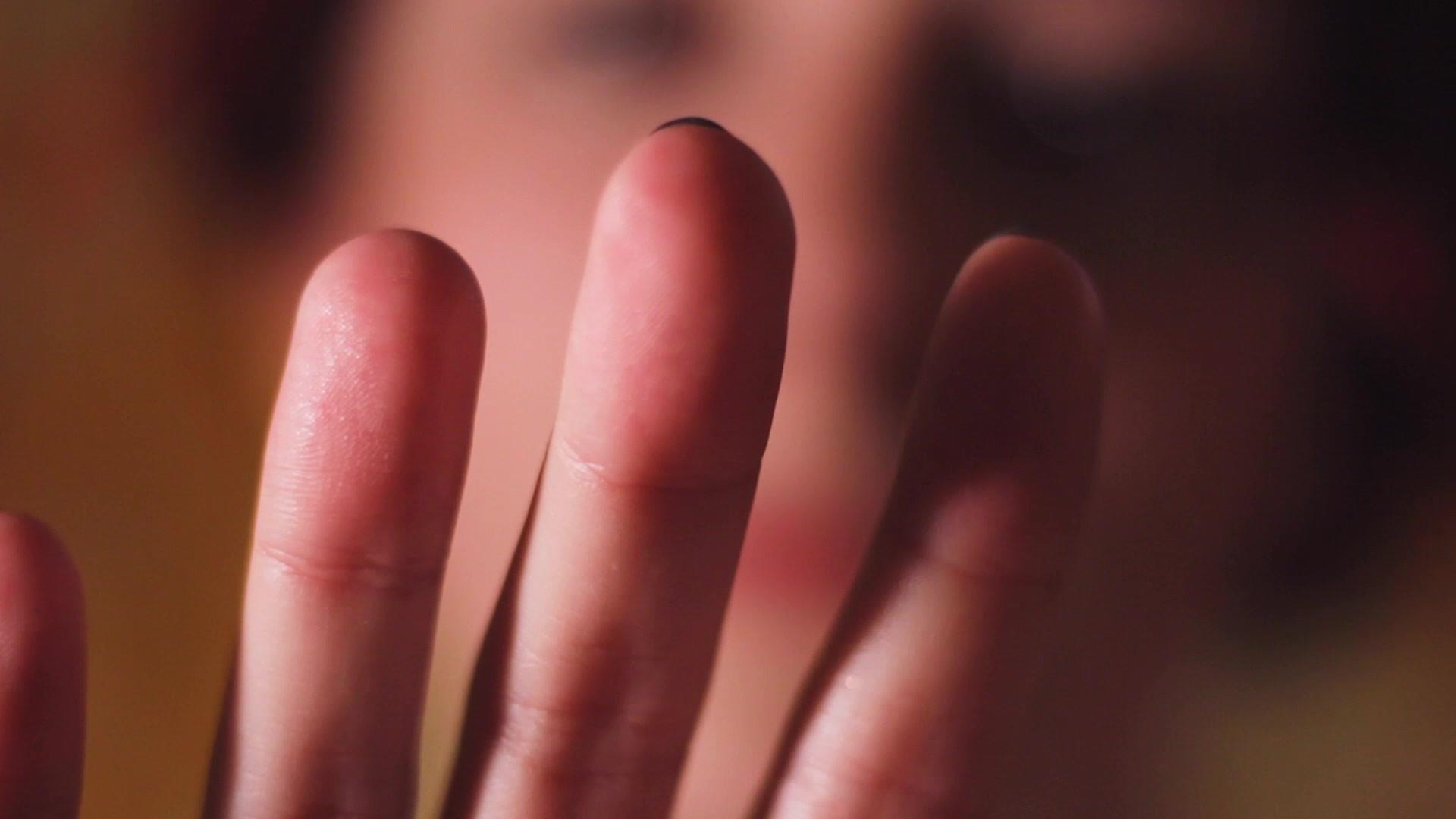 Finger Video.mp4