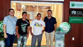 Representantes da comunidade Ipanela visitam sede da Unifloresta