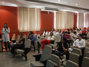 Curso Ler & Escrever é realizado no HOL
