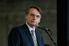 Bolsonaro determinada a proibição de queima de veículos usados na exploração ilegal de madeira
