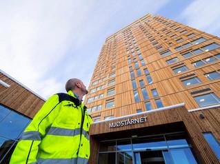 Maior prédio construído de madeira do mundo está na Noruega
