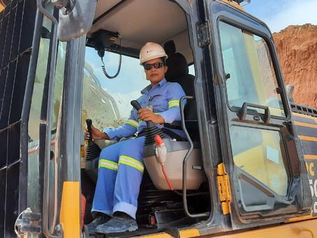 Mulheres se destacam em todos os setores da indústria