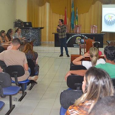 Reunião_em_Rio_Maria.jpg