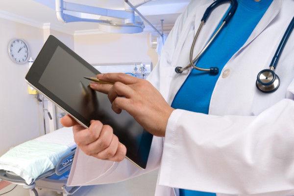 Médicos-ainda-resistem-a-novas-tecnologi