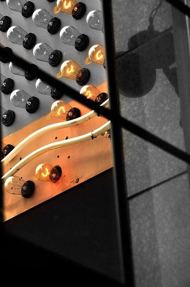 edision-bulb-wall.jpg