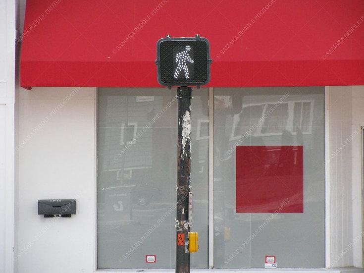 Walking Man & Square Bar
