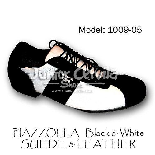 1009-05 Piazzolla black & white