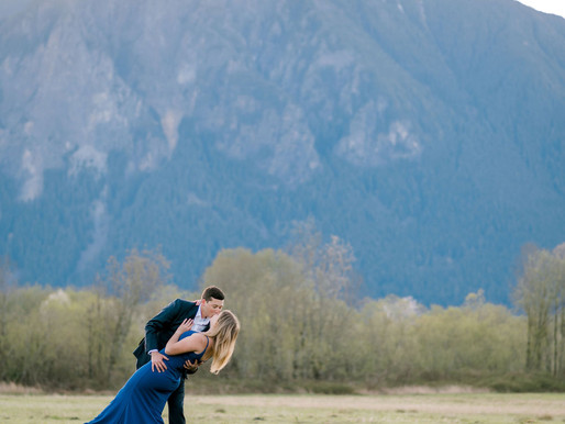 Sunrise engagement session/North Bend, Wa/Shantel Wall Photography/Maria and Brycen