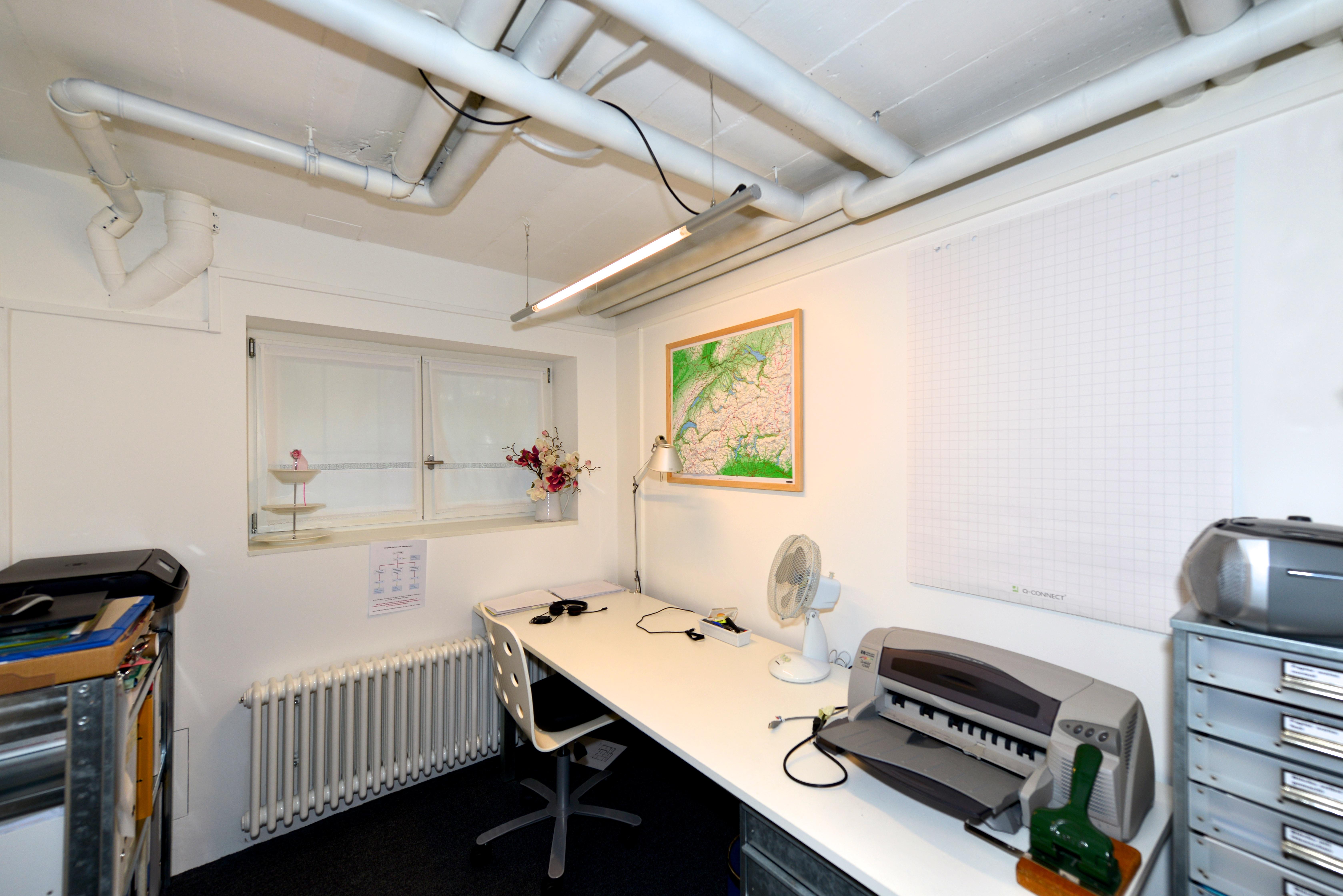 Ausgebautes Büro (beheizt und mit Fenster)