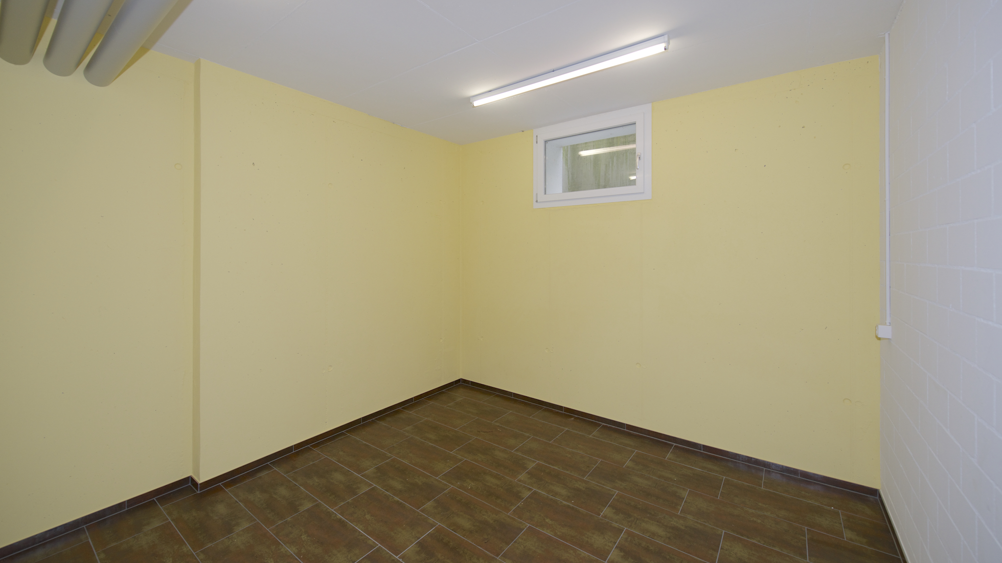 Zusätzlicher Bastel- oder Kellerraum