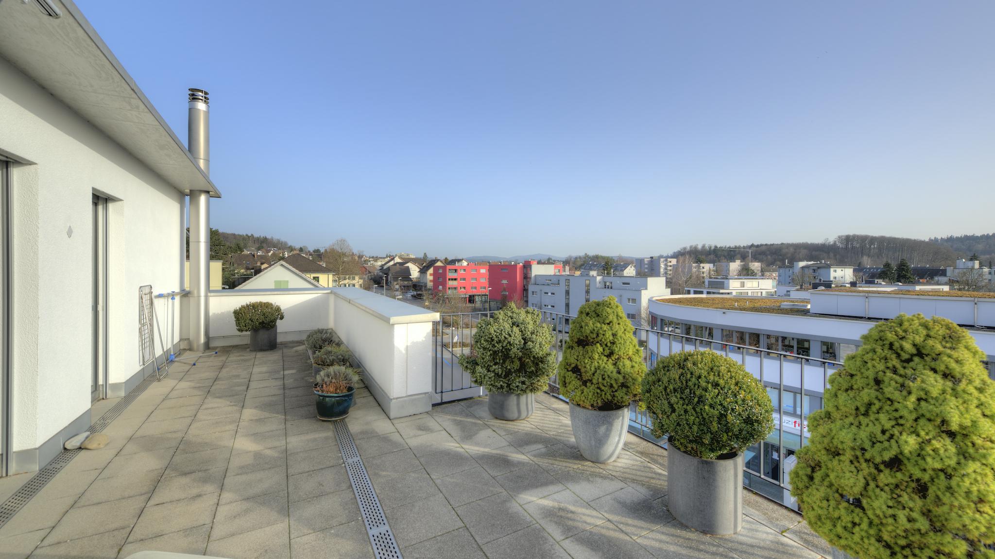 Süd-Ost-Terrasse mit Aussicht