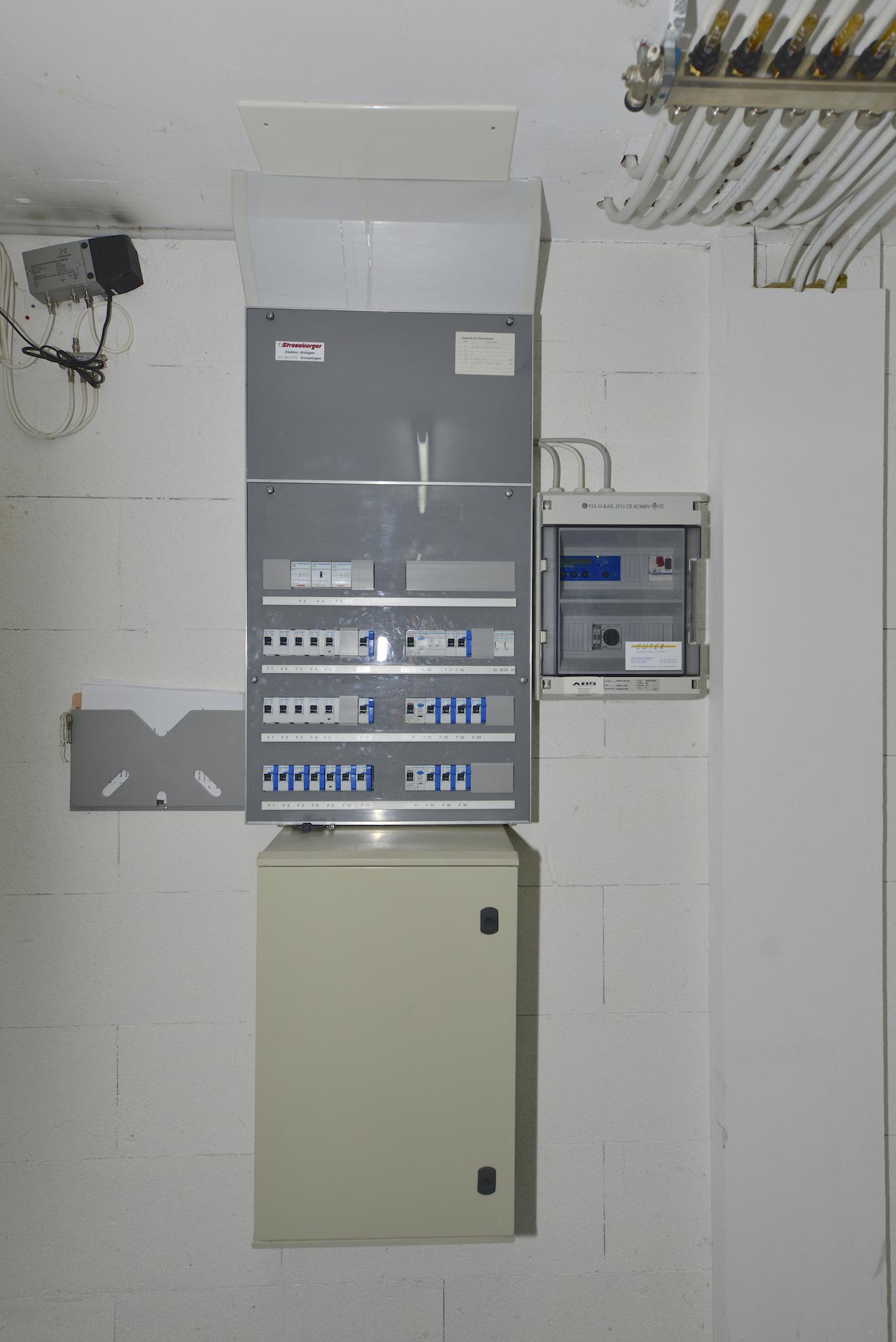 Elektro-Kasten im Untergeschoss