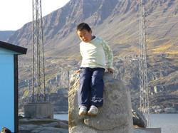 Inuit-Junge in Qerqertarsuaq
