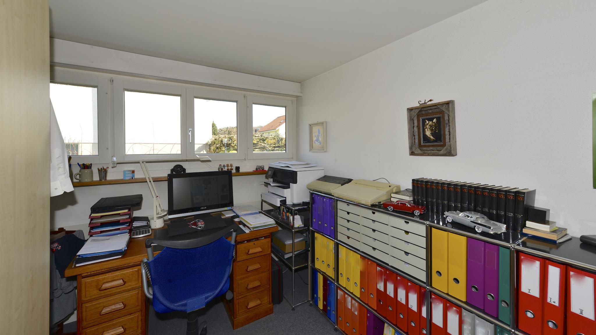 Büro im Erdgeschoss
