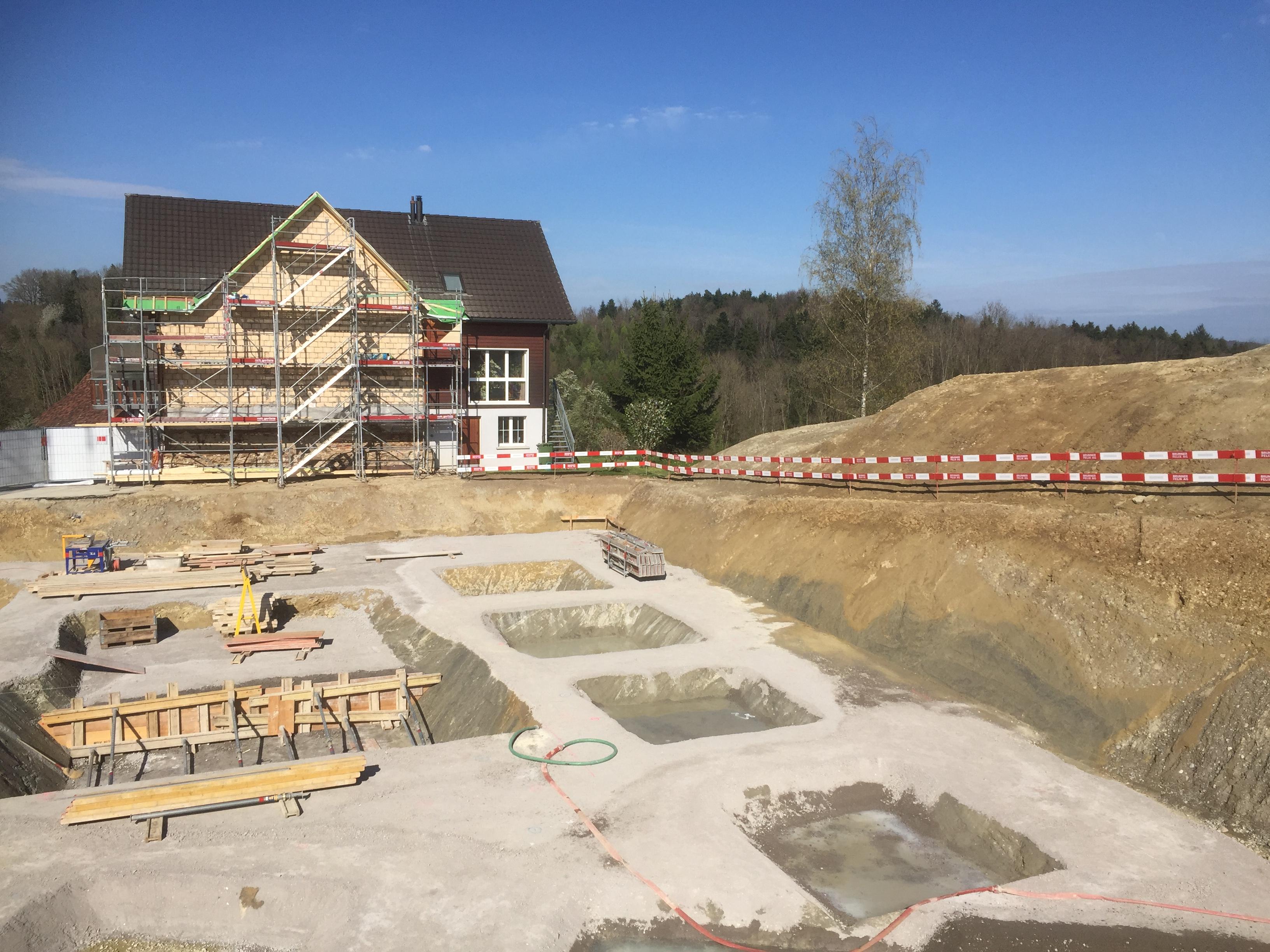 Baustelle anfangs April