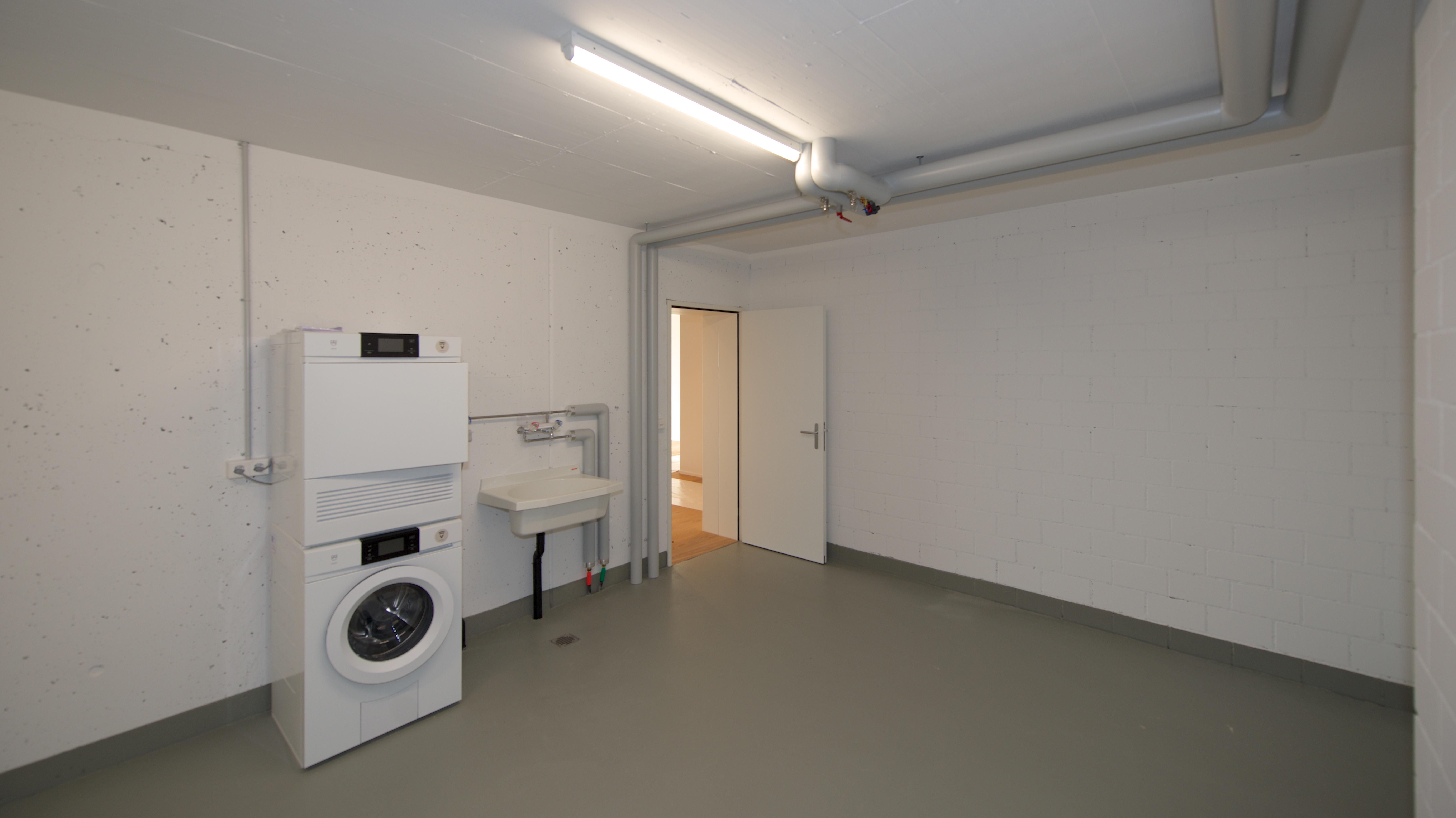 Keller mit dem Waschturm