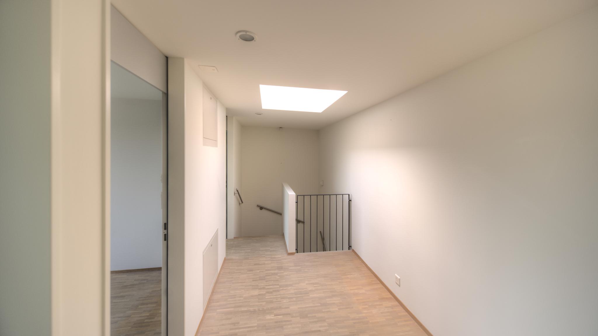 """Vorplatz im Obergeschoss mit der """"Lichtkuppel"""""""