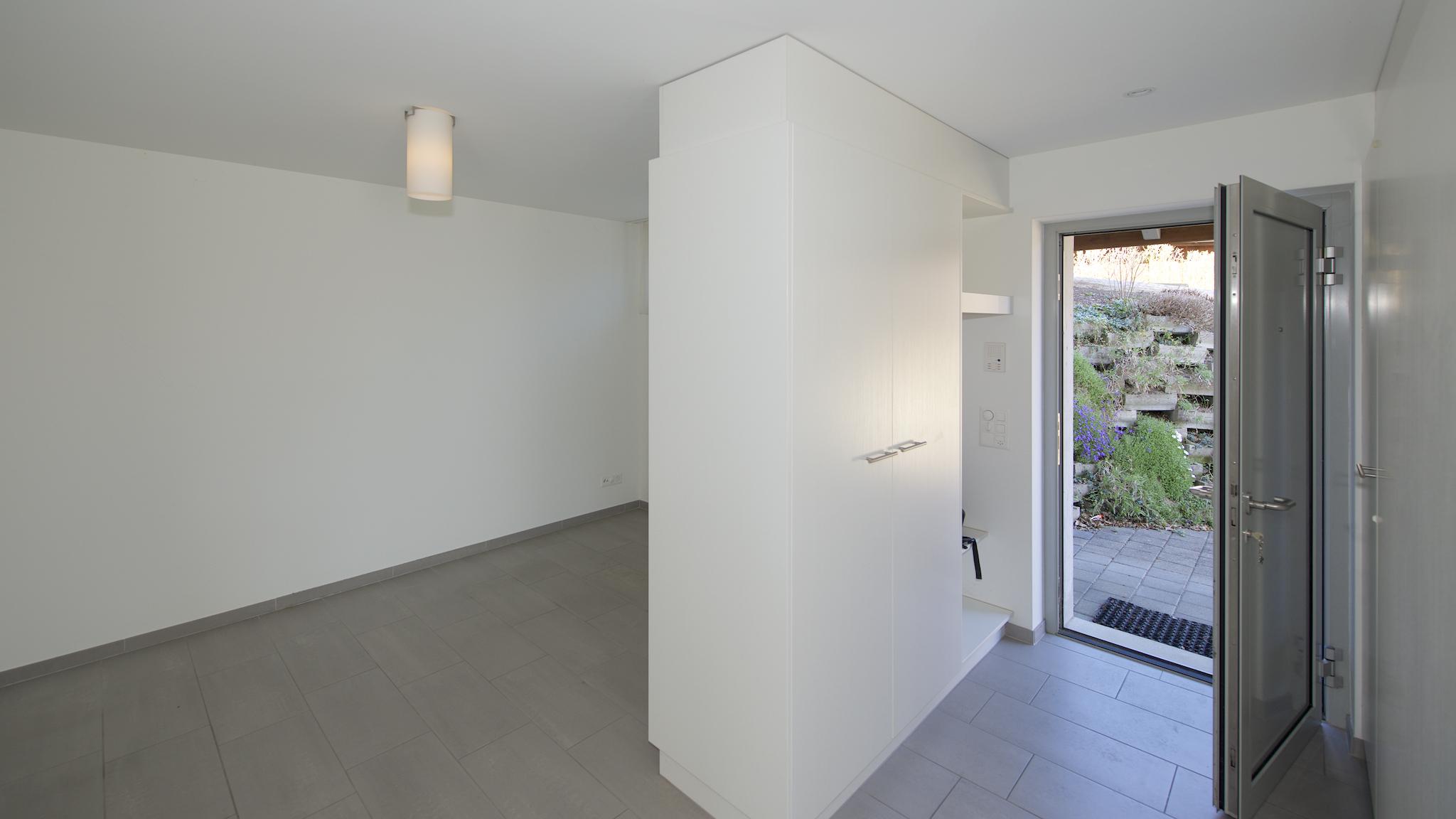 Eingang mit der Garderobe