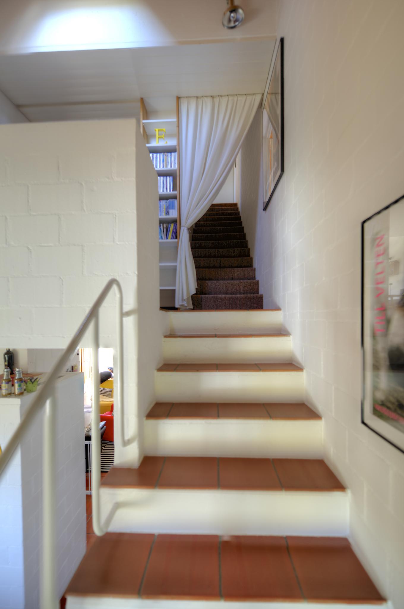 Treppe in die oberen Stockwerke