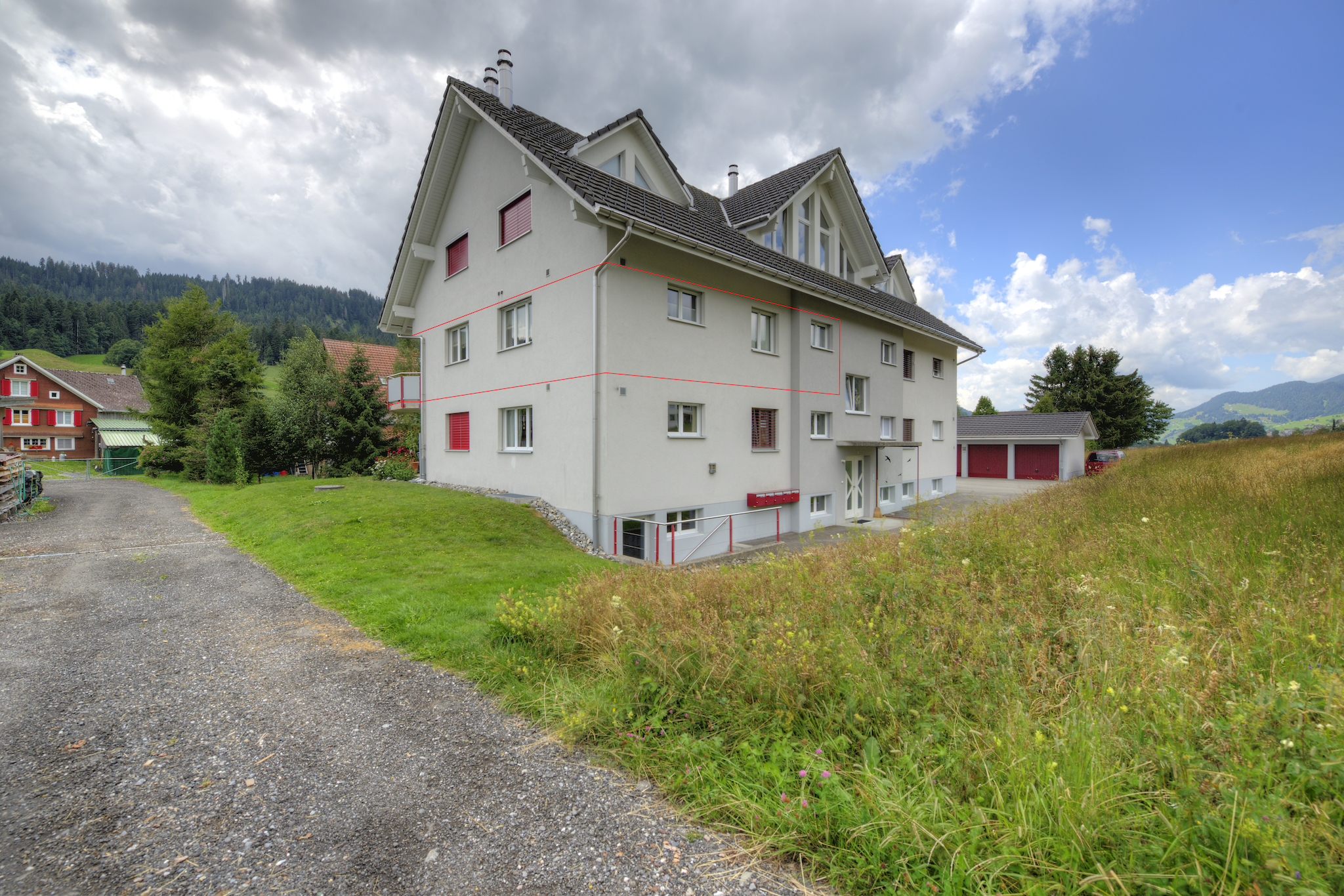 Mehrfamilienhaus an ruhiger Lage