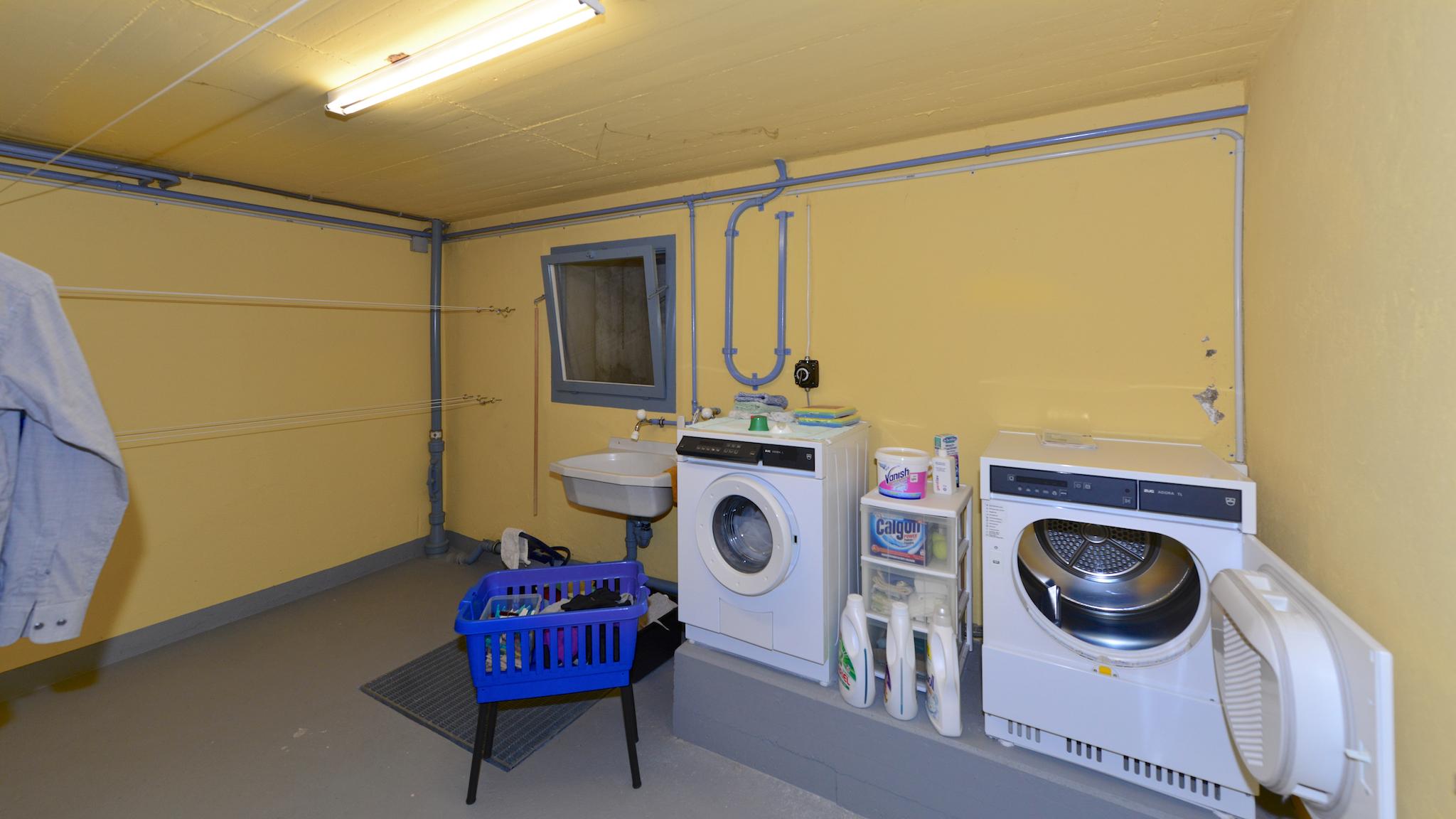 Waschküche im Untergeschoss