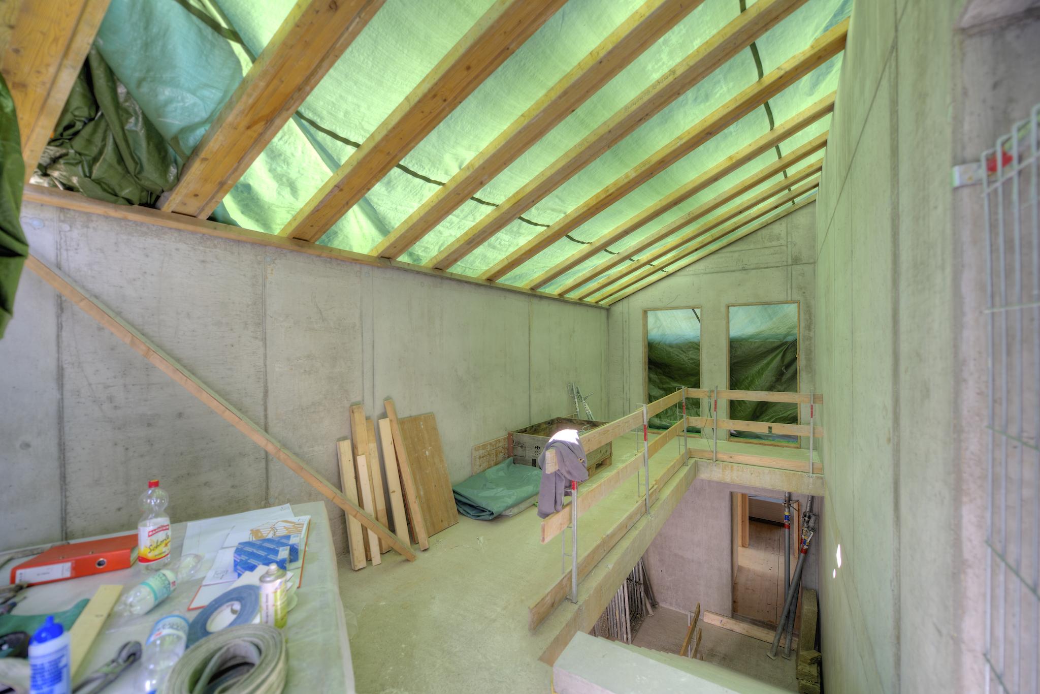 Treppenhaus im Rohbau