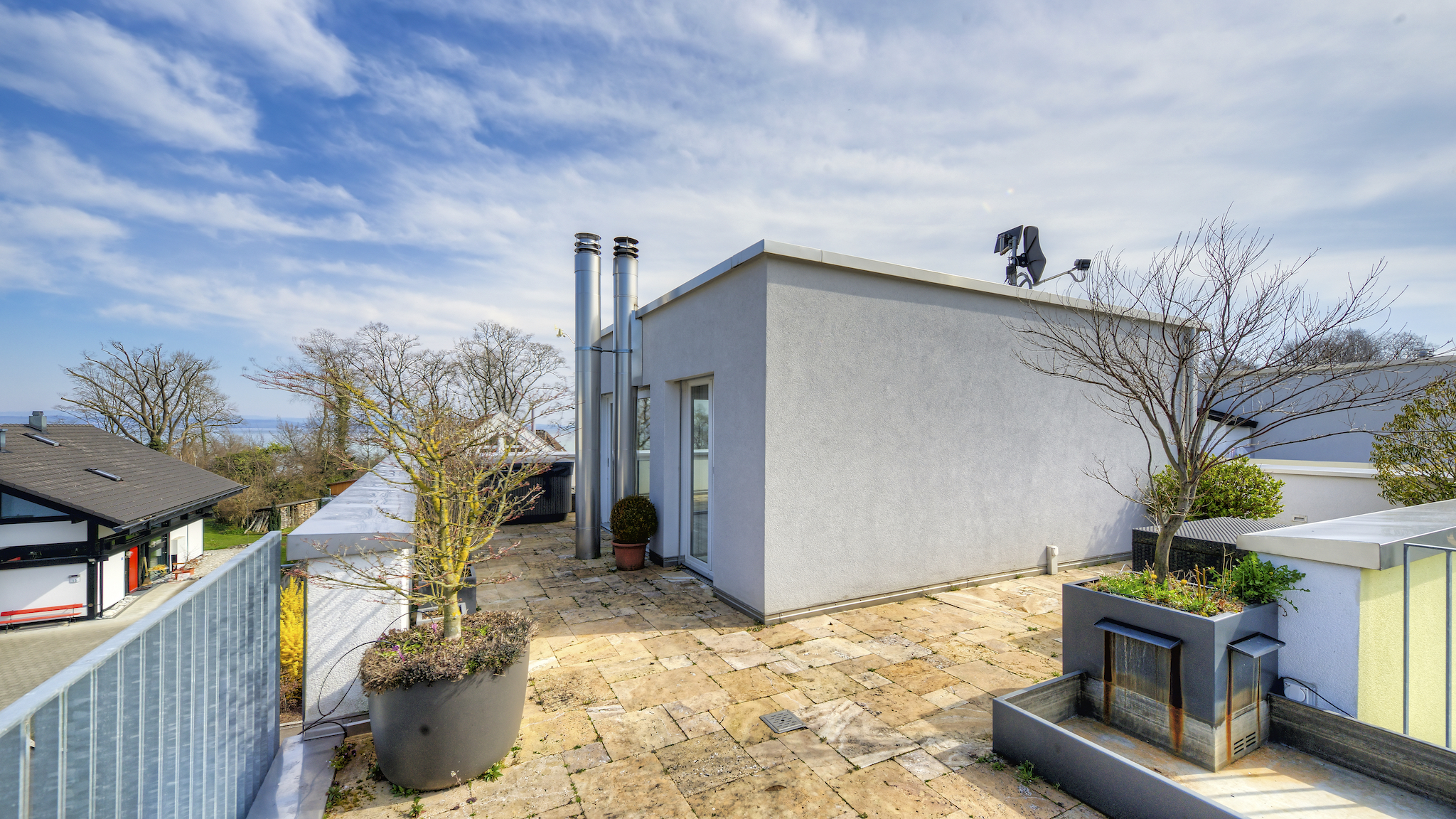 Penthouse mit der Dachterrasse