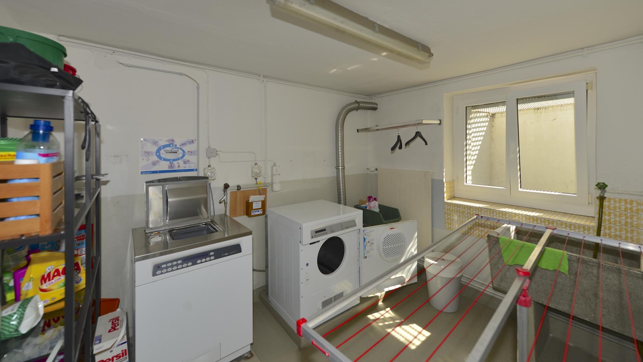 Waschküche mit V-ZUG-Geräten